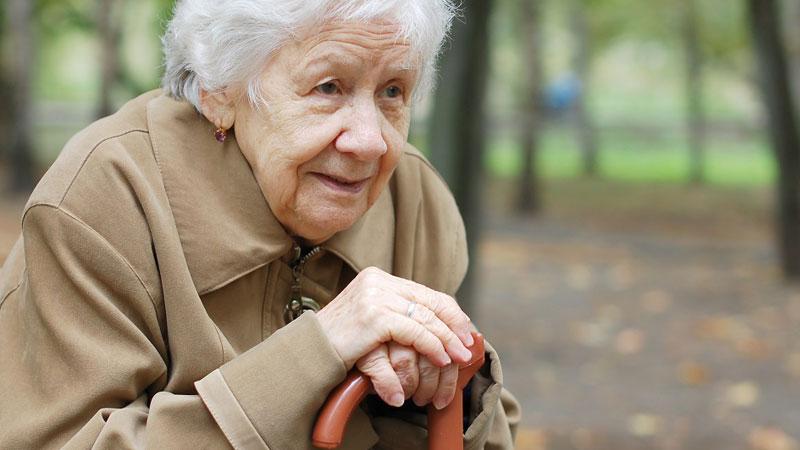 حقوق زنان سالمند