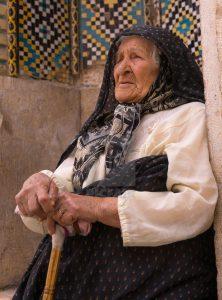 زن سالمند در ایران