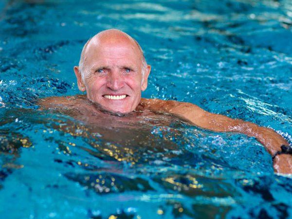شنا در سالمندان