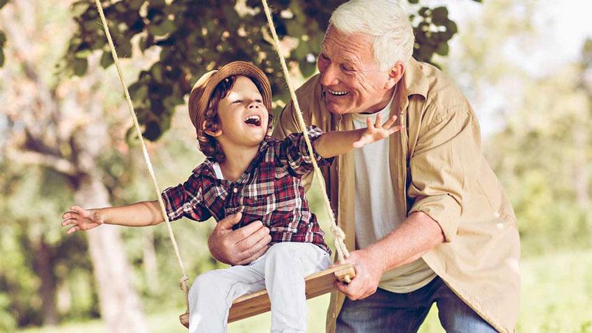 روابط نوه با پدربزرگ و مادربزرگ
