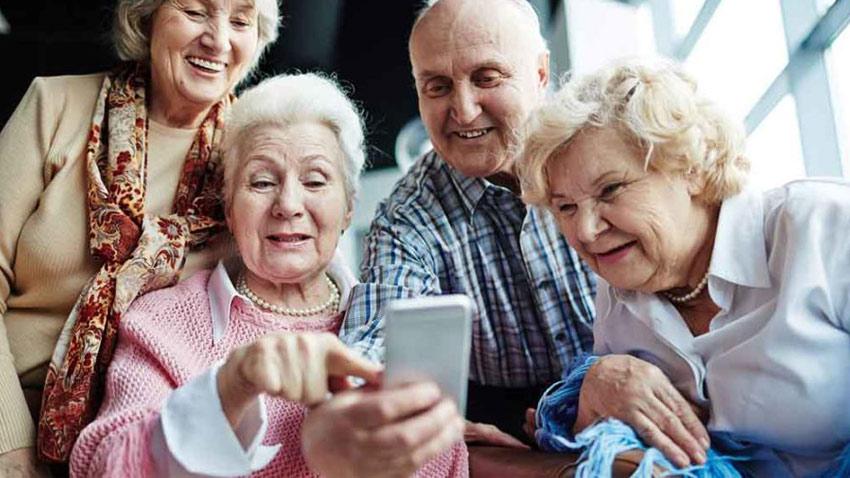 سالمندان و رسانه های اجتماعی