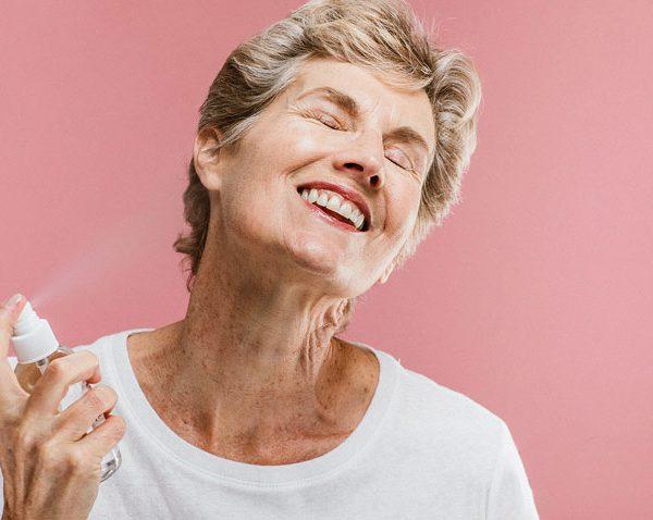 عطر خانم های سالمند