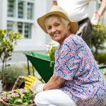 فواید باغبانی برای سلامت سالمندان