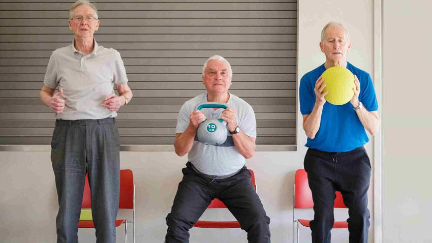 ورزش با صندلی در سالمندی