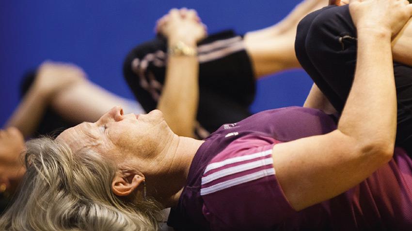 حرکات ورزشی پیلاتس برای سالمندان