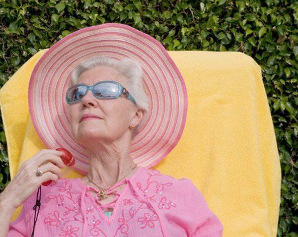 اهمیت مصرف ویتامین D در سالمندان