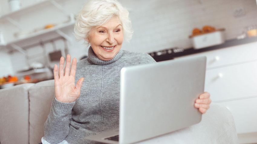 تماس تصویری با سالمند